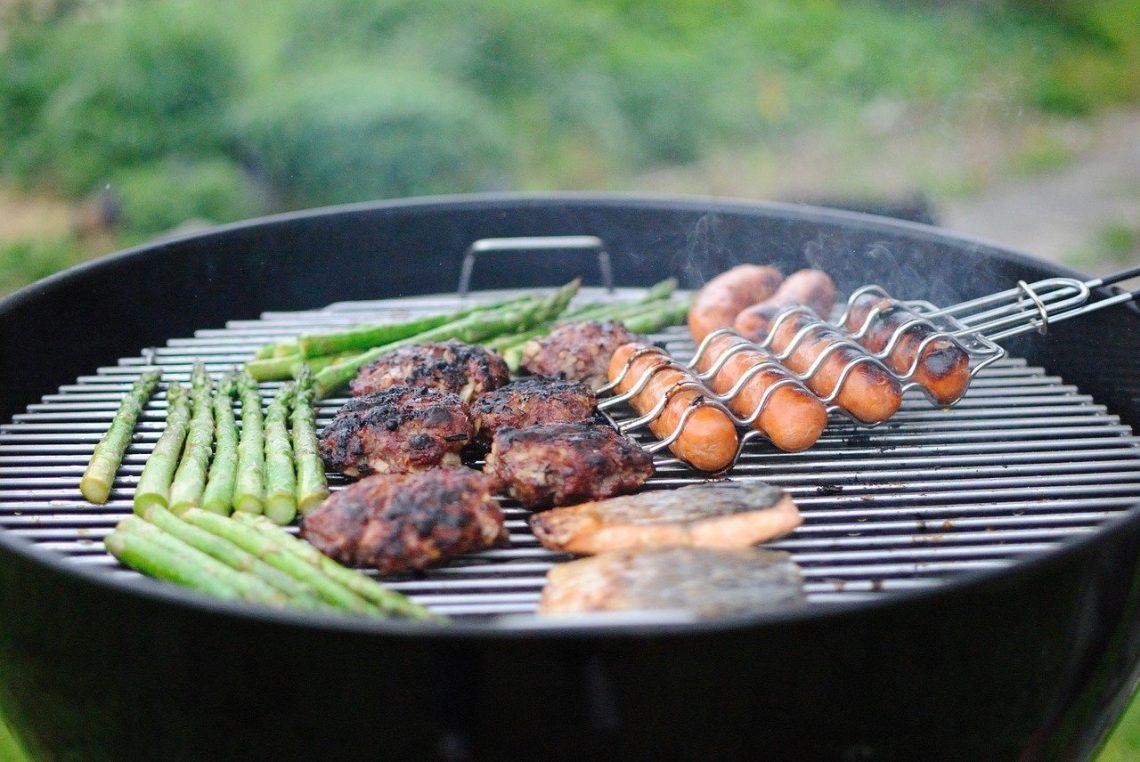 Accessoires nécessaires barbecue